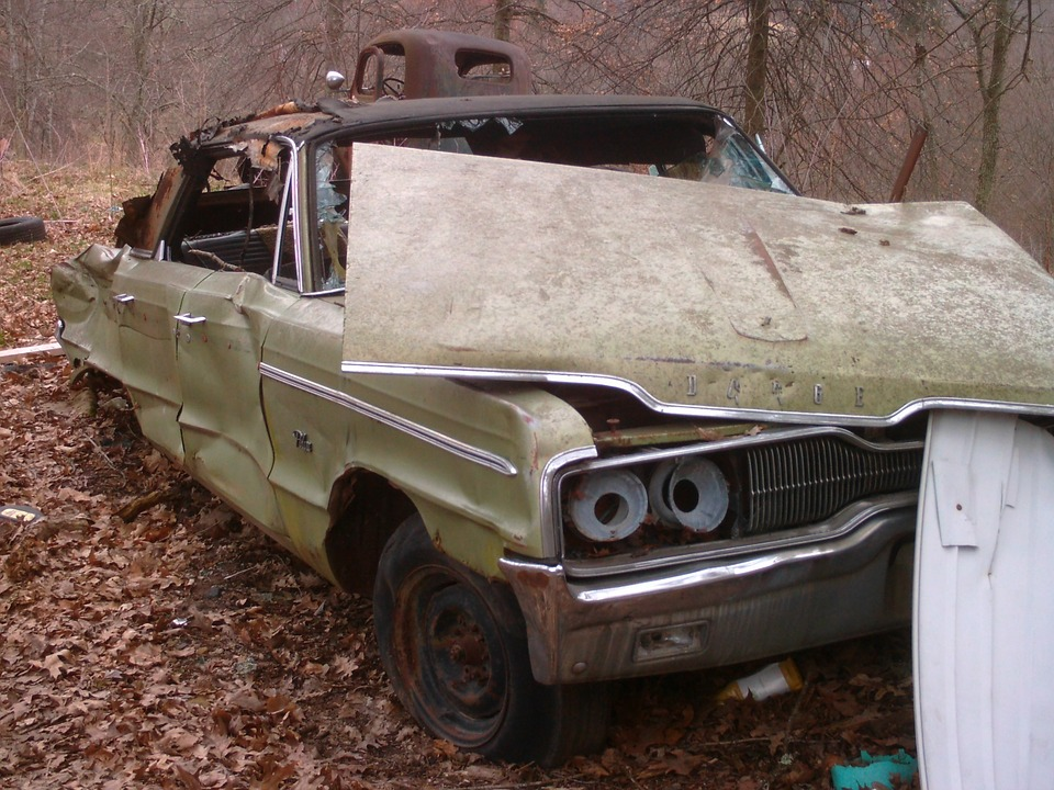 Sell Junk Cars for Cash. Columbus Ohio junkyard. PayTop4Clunkers
